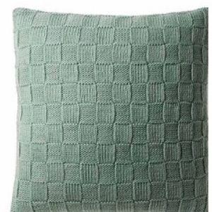 Decorative Pillow | Deign by CONRAN